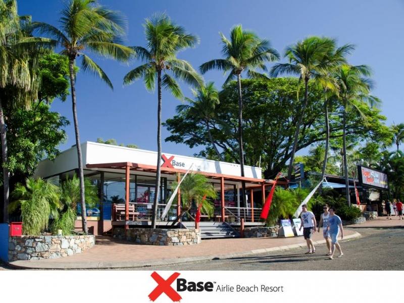 Base Hostel Airlie Beach