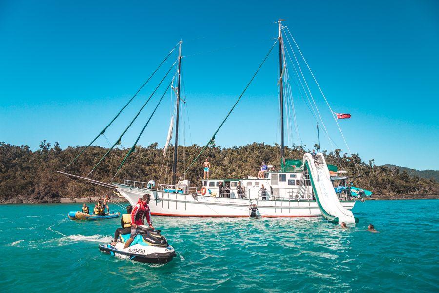 New Horizon, Backpacker Boats Whitsundays