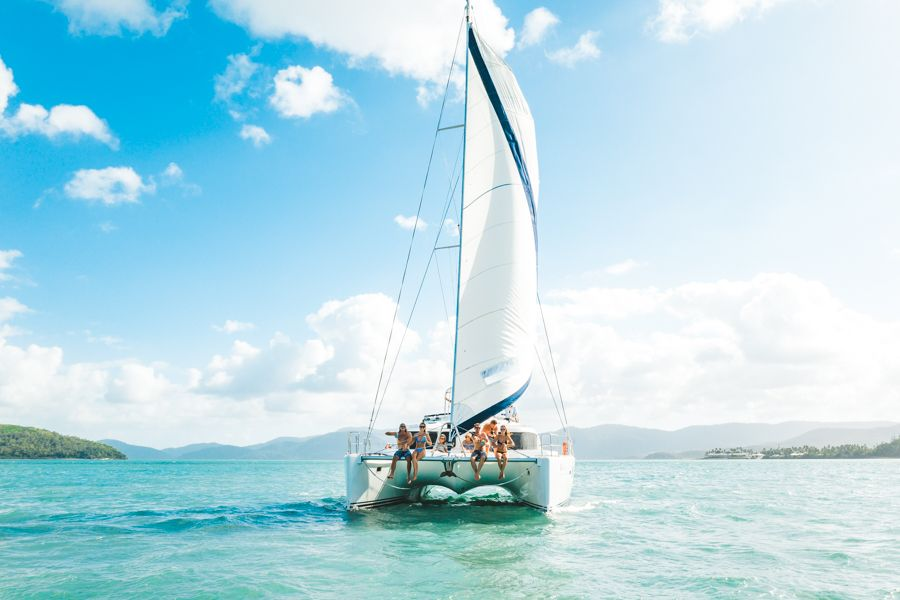 Overnight Sailing Tours Whitsundays
