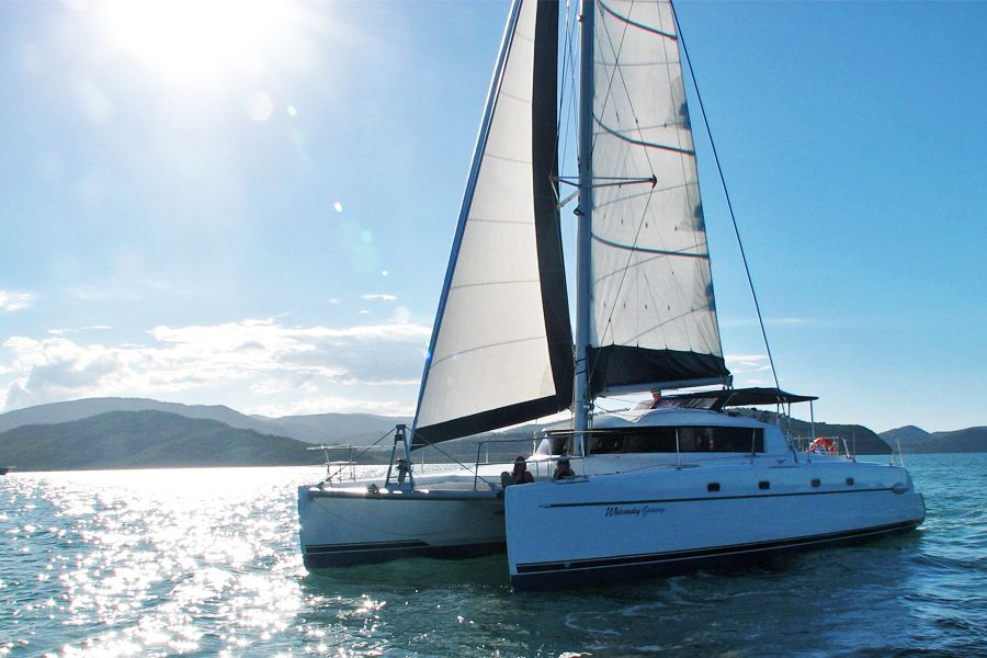 Whitsunday Getaway, Luxury Sailing