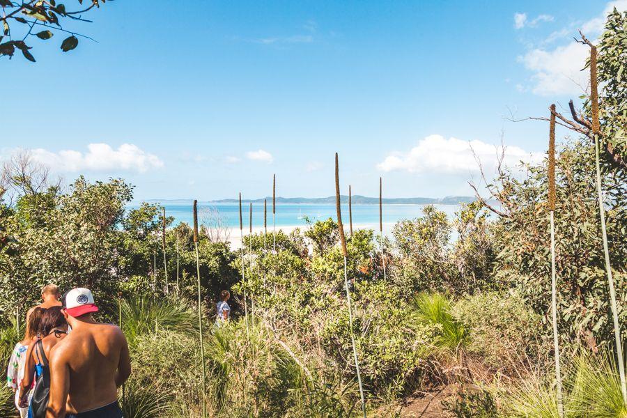Whitehaven-beach-hil-inlet-walk