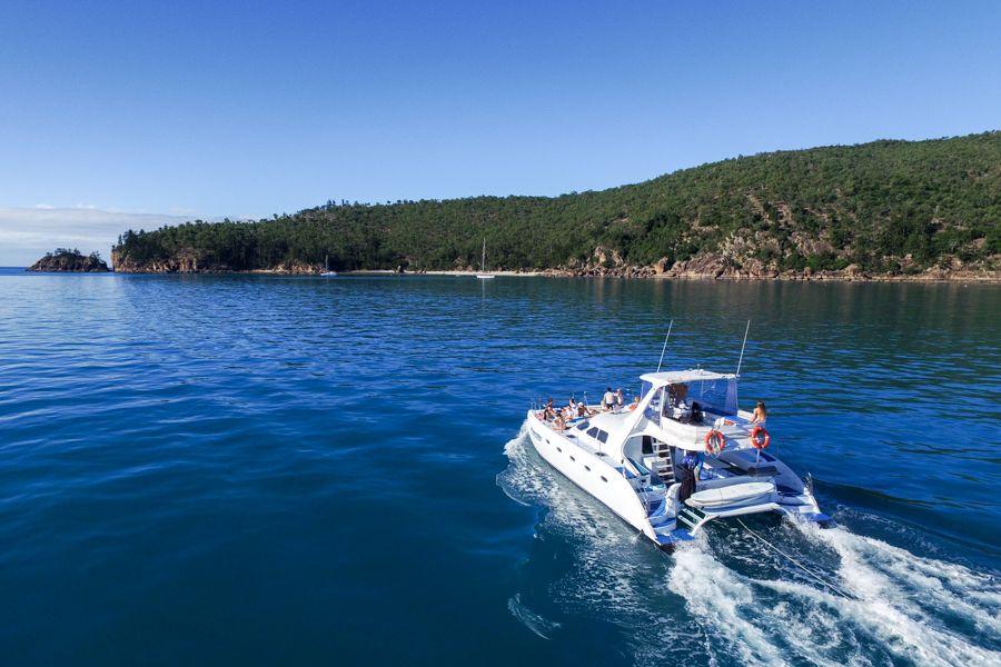 Stability and comfort catamaran