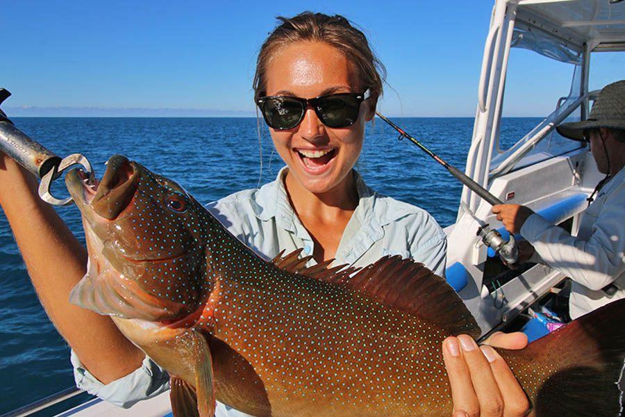fishing, whitsundays