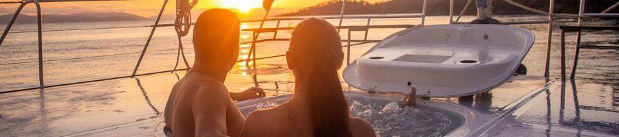Whitsunday Island Heated Spa Adventurer Luxury Catamaran
