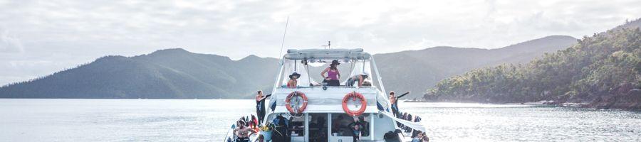 Whitsunday Island Sailing Powerplay Luxury Catamaran