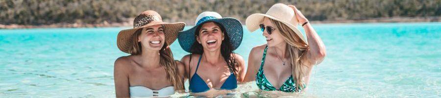 Whitehaven Beach Swimming Girls Sunshine