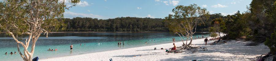 Lake Mckenzie Chilling Fraser Island